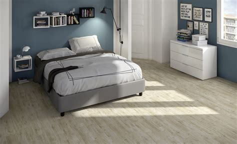 revêtement de sol chambre à coucher carrelage imitation parquet en 48 idées impressionnantes