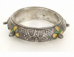 bijou berbere amazigh paire bracelets argent emaux maroc With bijoux argent