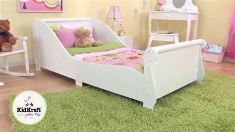 chambre de fille 2 ans lit en bois blanc pour enfant kidkraft lit pour fillette