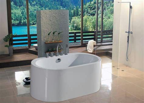 Freistehende Badewanne Die Moderne Badeinrichtungfreistehende Badewanne In Gruen by Badeinrichtung Mit Moderner Badewanne