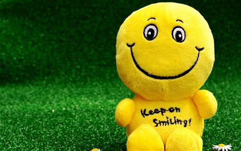 wallpaper  smiley happy toy funny