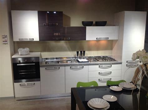 Polimerico O Laminato by Cucina Stosa Cucine Replay Moderna Cucine A