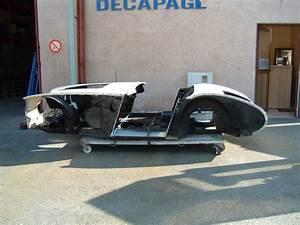 Carrosserie Voiture Ancienne : d capage carrosserie d 39 une voiture ancienne pres de ~ Gottalentnigeria.com Avis de Voitures