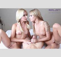 Threesome Fantasy Blonde Babes Pia Angel Fuck Vr Porno