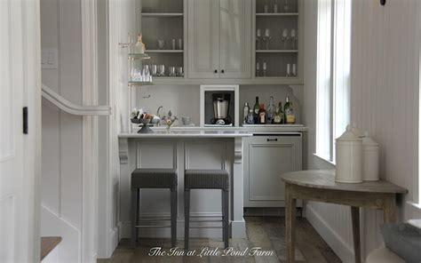 kitchenette ideas cottage kitchen inn   pond