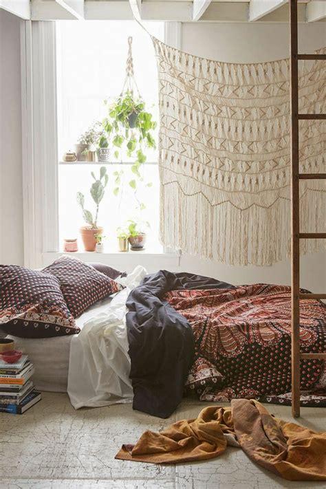 chambre plante 1001 déco uniques pour créer une chambre hippie