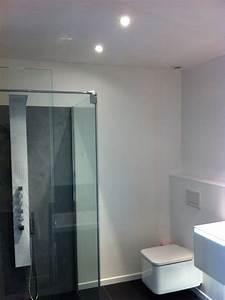 spot salle de bain avec affordable clairage salle de bain With carrelage adhesif salle de bain avec eclairage led rond
