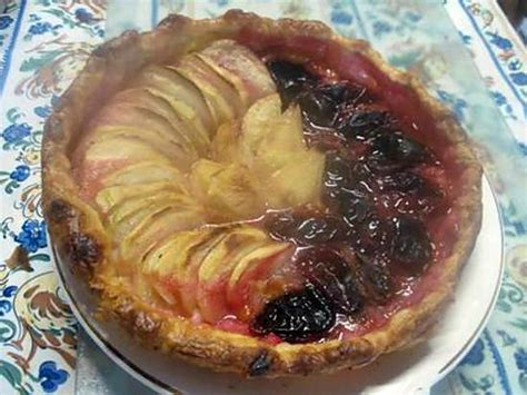recette de tarte aux 3 fruits pommes poires prunes