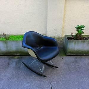 Charles Eames Schaukelstuhl : charles eames schaukelstuhl schlicht designm bel ~ Sanjose-hotels-ca.com Haus und Dekorationen