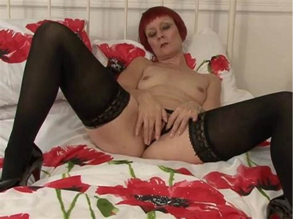 #Pink #Haired #Mom #In #Lingerie #Plays #With #Her #Vibrator