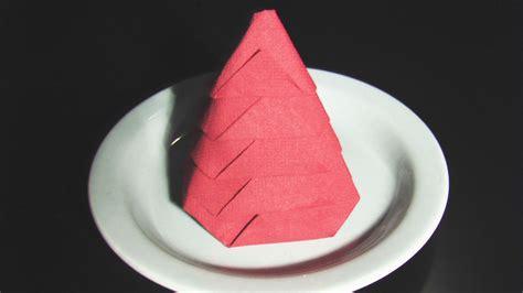 comment plier des serviettes de table en papier facile sanstitre with comment plier des