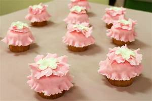 Fancy Nancy Cupcakes Cakes On The Move
