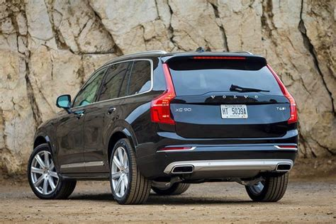 what s the new volvo commercial 2014 vs 2016 volvo xc90 what 39 s the difference autotrader