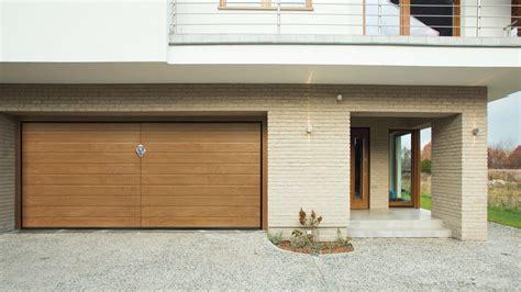 Porte Per Garage Sezionali by Portoni Per Garage Porte Per Garage Basculanti Garage