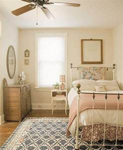 Cozy, Small, Bedroom, Tips, 12, Ideas, To, Bring, Comforts, Into