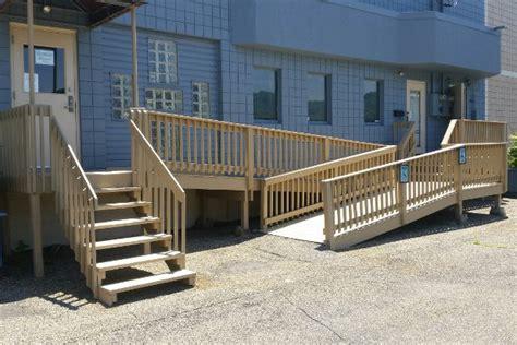 wheelchair r railing installing wheelchair rs general info tips local pros 1002