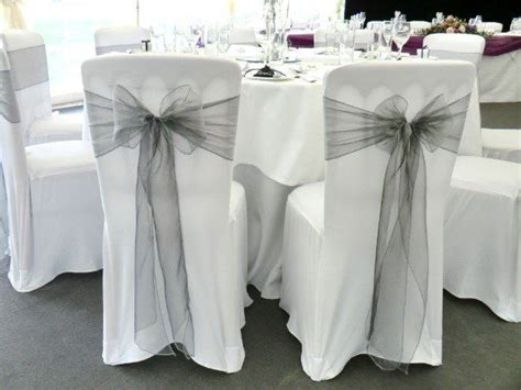 habillage chaise mariage 1000 images about chair sashes and chair covers on