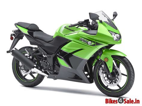 Kawasaki Ninja 250r Price, Specs, Mileage, Colours, Photos