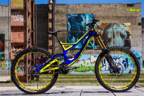 Specialized Demo 8 2k14 Indigo/FluorYellow