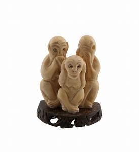 Statue Singe De La Sagesse : 3 singes de la sagesse statuette sur socle artisanat en os ~ Teatrodelosmanantiales.com Idées de Décoration