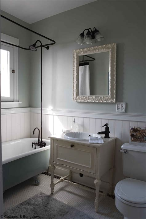 great pictures  ideas  vintage ceramic bathroom