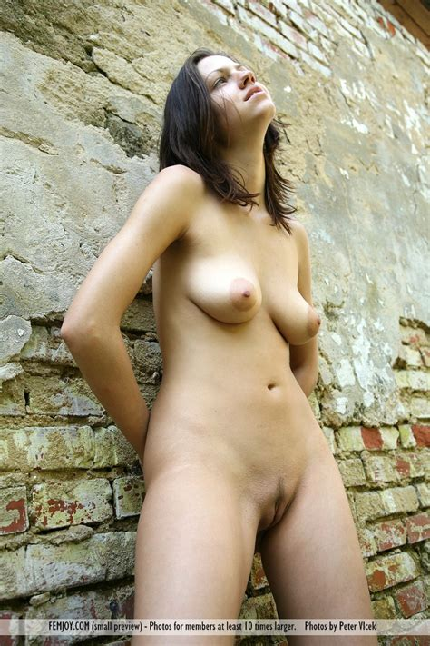 femjoy true beauty eufrat spontaneous shoot nude gallery