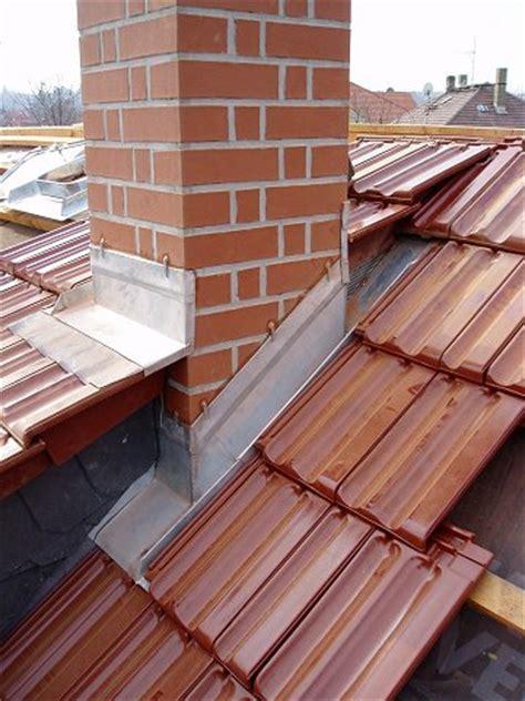 schornstein dachdurchführung abdichten schornstein dachanschluss klimaanlage und heizung zu hause