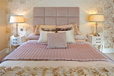 Bedroom Decorating Ideas Real Simple by 35 Well Decorated Professional Master Bedroom Ideas