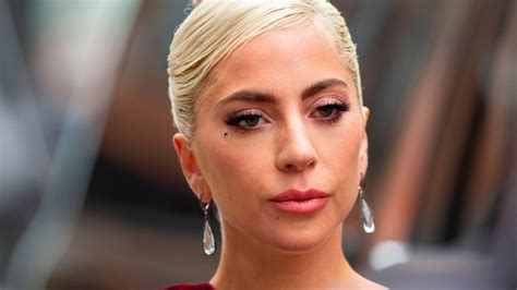 Lady Gaga Discusses Fibromyalgia and PTSD in Vogue Cover ...