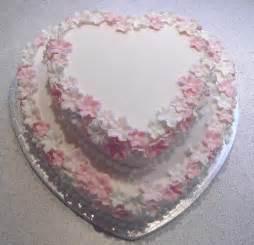 Wedding Decoration Cake by Heartshaped Wedding Cake Design Fall Wedding Decorations