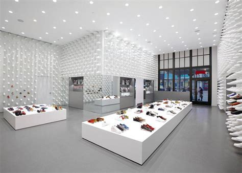 Hagiwara Shop By Design 상업공간 cer together new york by nendo