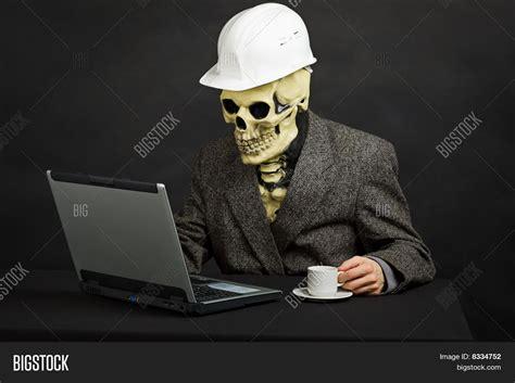 Skeleton Computer Meme - overview for emmerlynn