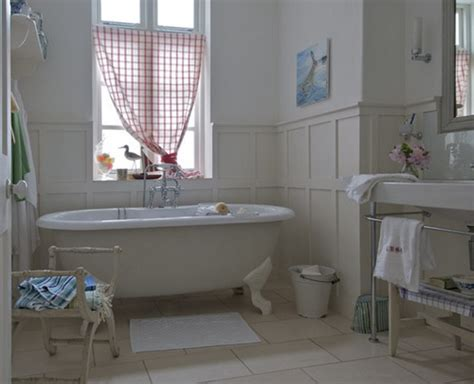 Several Bathroom Decoration Ideas For Country Style
