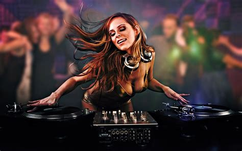 Download Music Dj Wallpaper 1680x1050