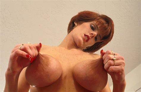 Redhead Milf With Amazing Tits Pics Xhamster