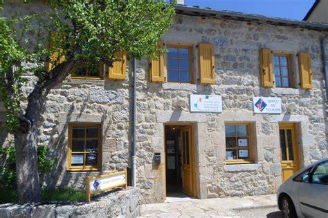 chambres d hotes en lozere office de tourisme de chateauneuf de randon chateauneuf