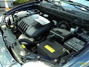 2004 Hyundai Santa Fe Standard Santa Fe Model 2 4 Liter Dohc 16v 4 Cylinder Engine Photo