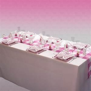 Nappe Rose Pale : decoration de table mariage decoration mariage astuces ~ Teatrodelosmanantiales.com Idées de Décoration