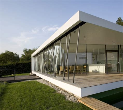 Glass Houses Designs by Single Storey House Plans Modern House M