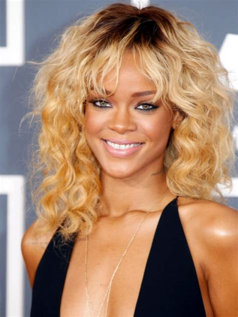the best medium length hairstyles for curly hair hairstyles
