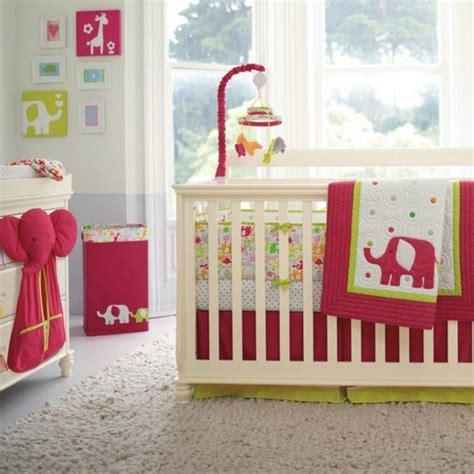 aménager la chambre de bébé où trouver le meilleur tour de lit bébé sur un bon prix