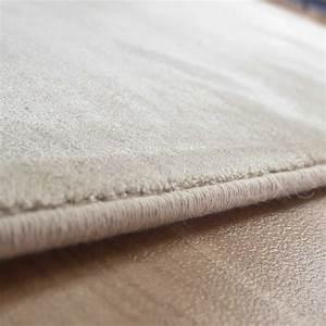 tapis beige haut de gamme en viscose With tapis rouge avec meilleur canapé qualité prix