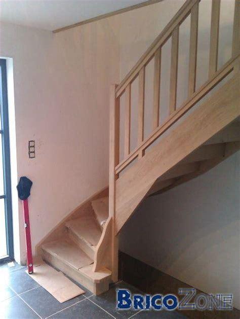 Comment Vitrifier Un Escalier by Comment Traiter Escalier Bois La R 233 Ponse Est Sur Admicile Fr