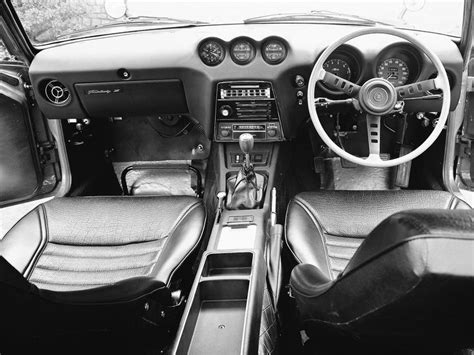 nissan fairlady 240z interior 219 best images about 古典的な日本車 on pinterest honda toyota