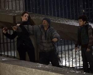 """Anne Hathaway's Catwoman """"Dark Night"""" Fight Scene"""