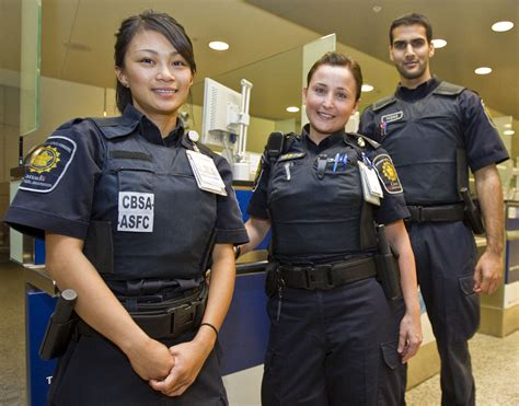 students guard canadas borders toronto star