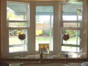 kitchen bay window decorating ideas show me you kitchen bay windows above sink