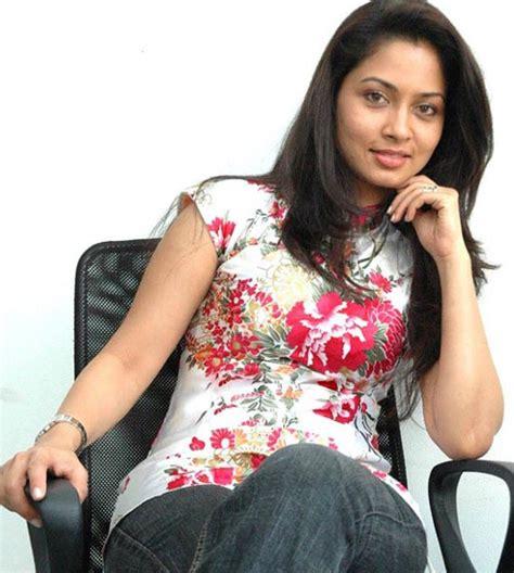 13 Hq Photos Of Pooja Umashankar