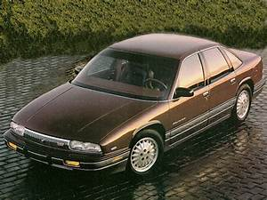 1992 Buick Regal Overview