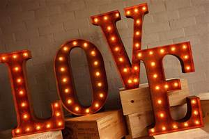 top 5 vintage prop hire vendors noubacomau top 5 With hollywood letter lights